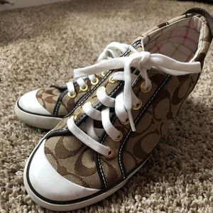 Coach Shoes - Women's Size 6 M Coach Barrett sneaker